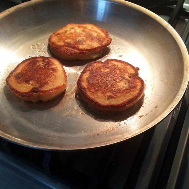 pancakesinpan-closeup